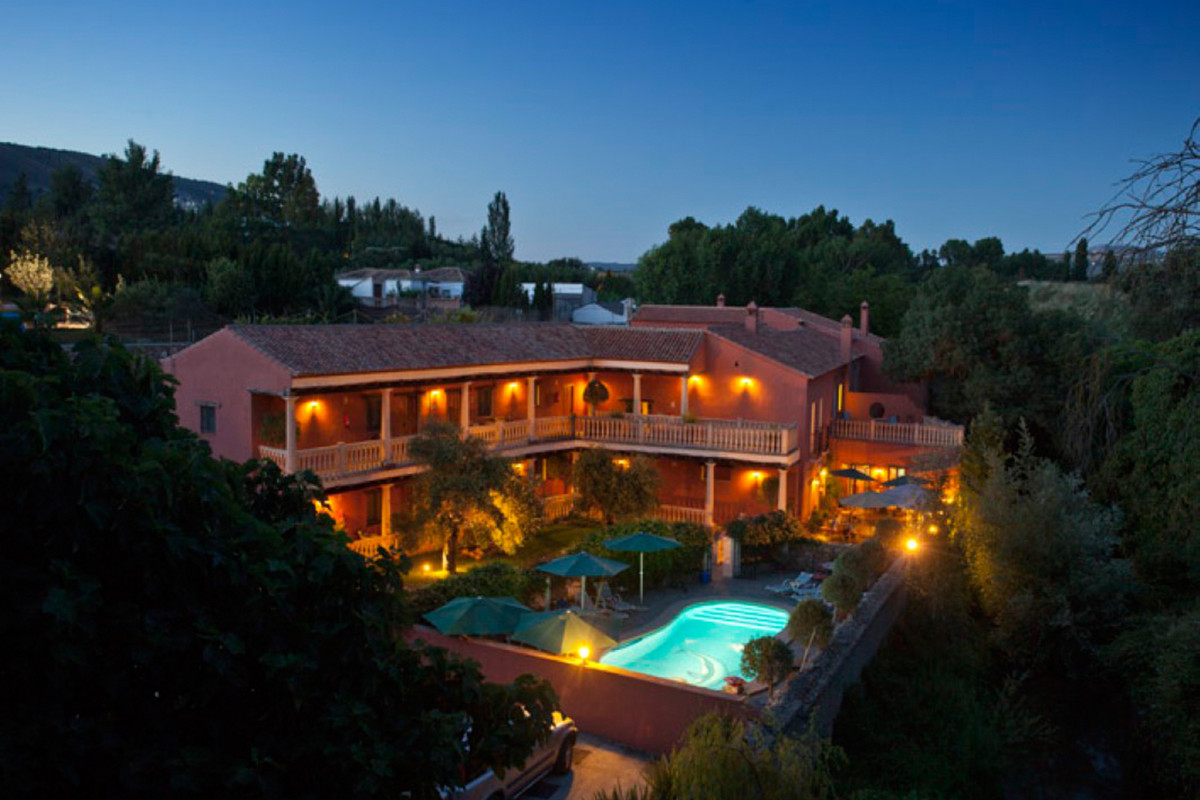 NOW Reduced from €1750,000 - Successful family business with private accommodation for sale. Hotel M, Spain