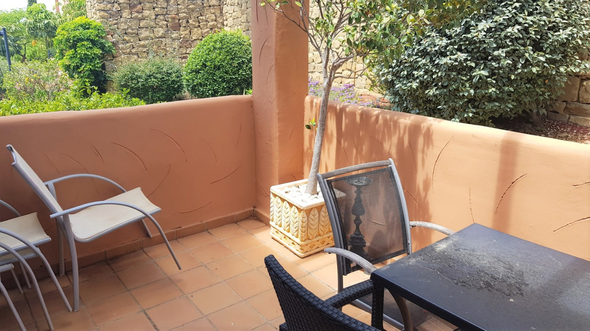 Apartamento Planta Baja en Venta en Elviria – R3172729