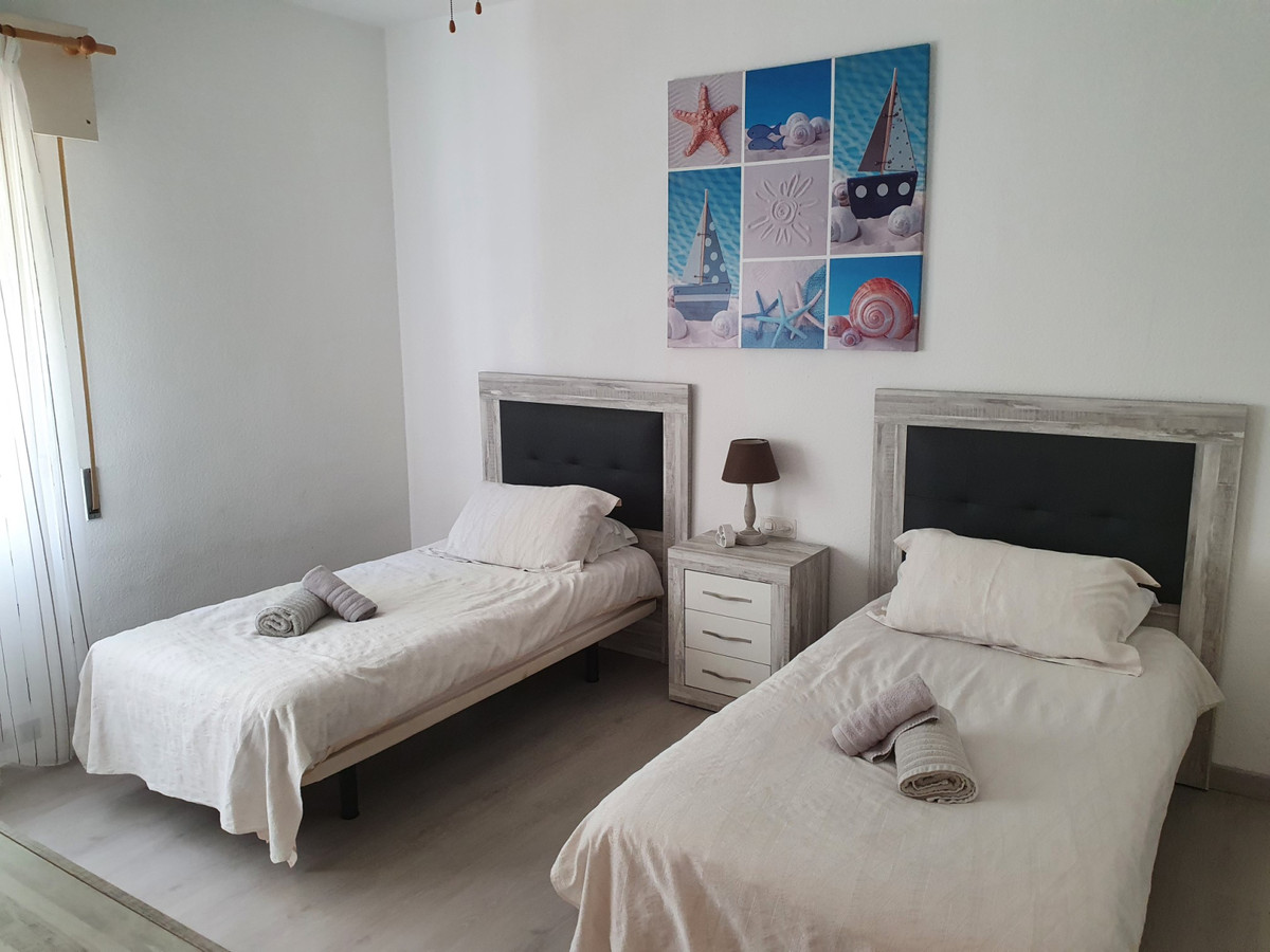 Apartamento en Venta en Puerto de Cabopino – R2801207