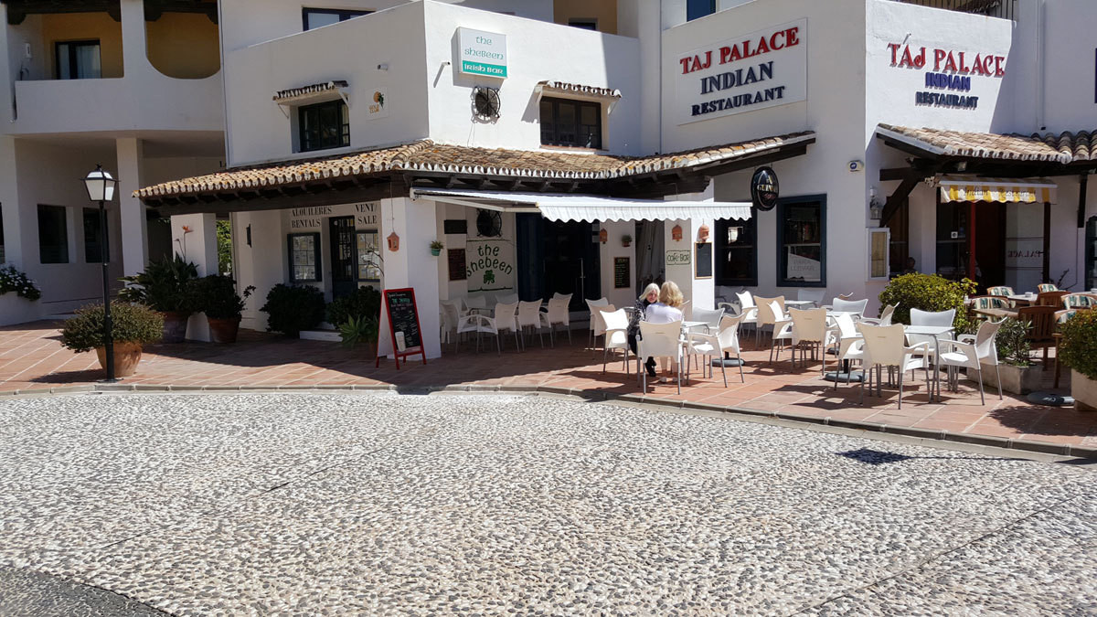 R2639483: Commercial for sale in Puerto de Cabopino