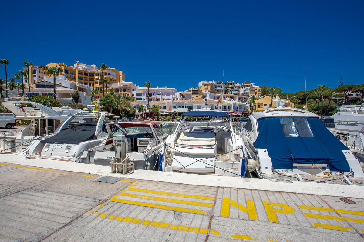 BEACHFRONT, Perfect rental investment. Ground Floor Apartment, Puerto de Cabopino, Costa del Sol. Fa,Spain