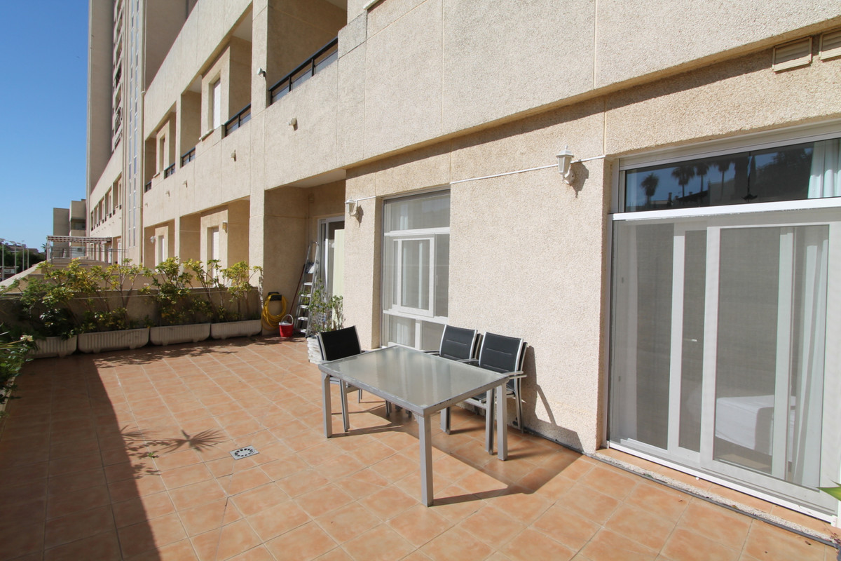 MODERN RENOVATED APARTMENT IN EL COLOSO BENALMADENA   This apartment is in a well known beach front , Spain