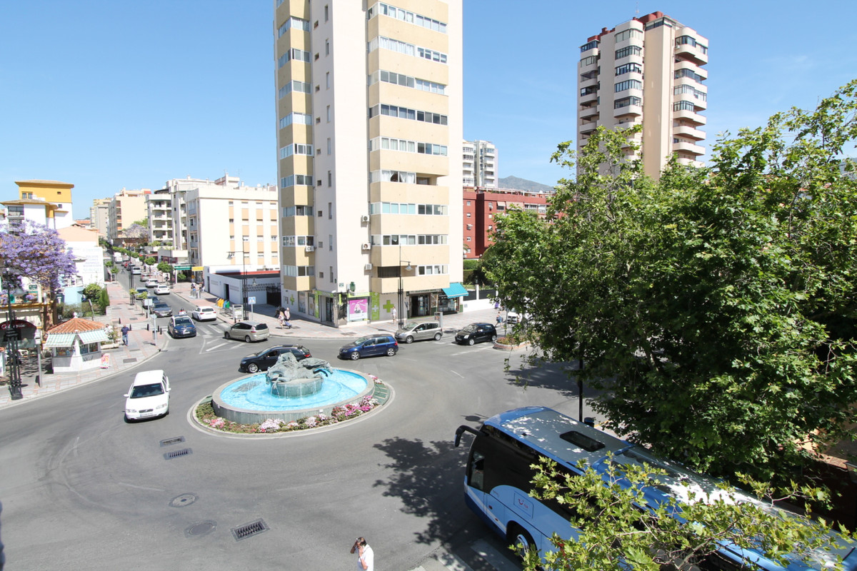 2 BEDROOM APARTMENT IN THE CENTER OF FUENGIROLA  This apartment is in the heart of Fuengirola, close,Spain