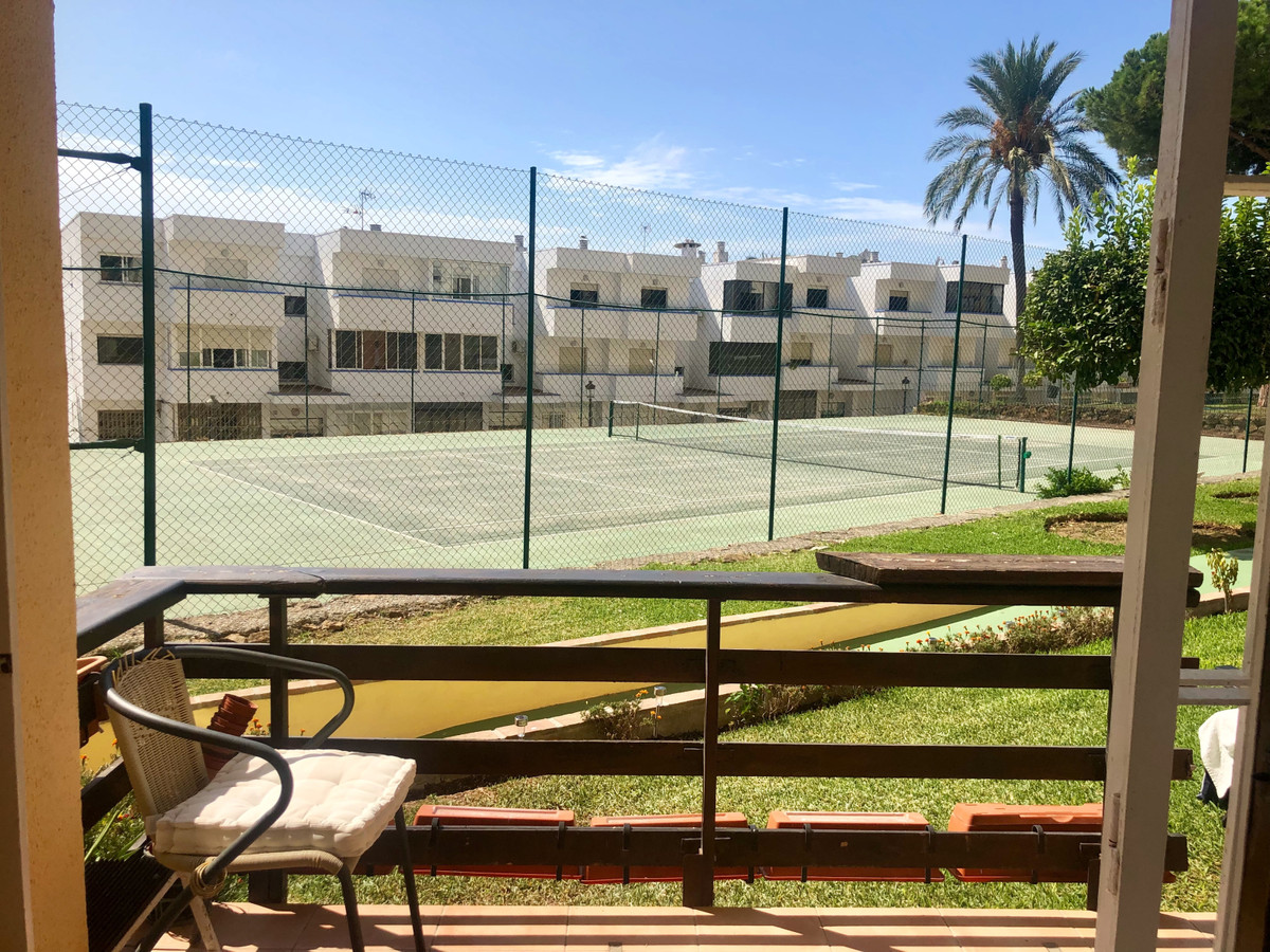 R3509473 | Ground Floor Apartment in Estepona – € 112,000 – 1 beds, 1 baths