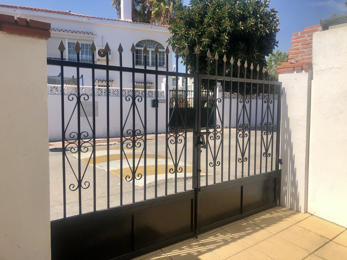 House - La Duquesa - R3704657 - mibgroup.es