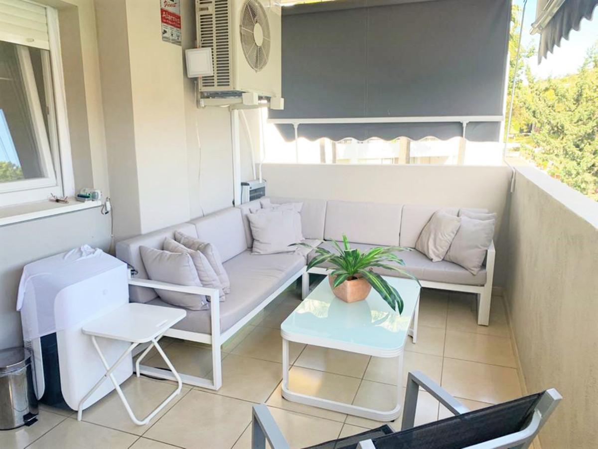Marbella Banus Apartamento en Venta en Nueva Andalucía – R3898249