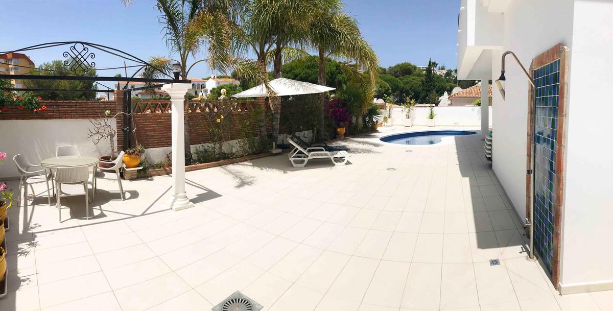 R3221230: Villa in La Cala de Mijas