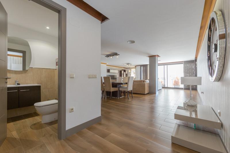Marbella Banus Apartamento Planta Media en venta en Marbella – R3498337