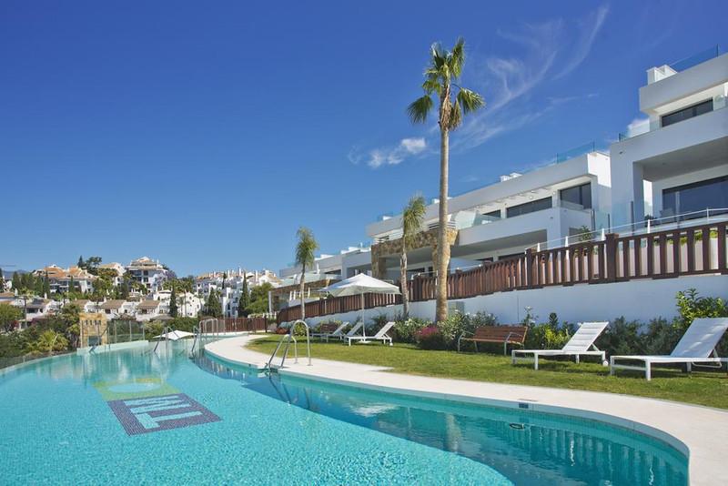 Marbella Banus Townhouse for sale, Puerto Banus - R3529699
