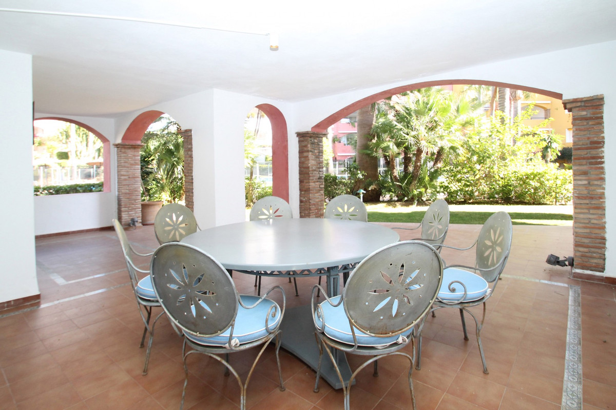 4 Bedroom Ground Floor Apartment For Sale The Golden Mile
