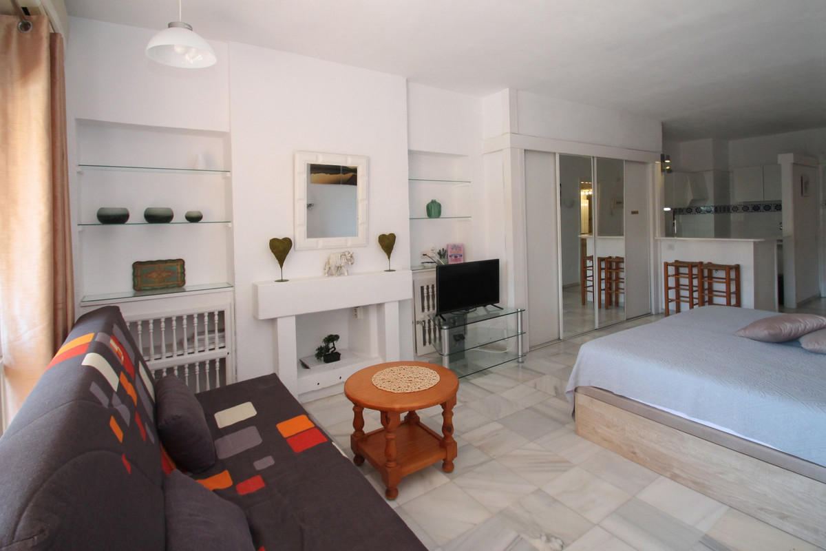 Studio Middle Floor The Golden Mile Málaga Costa del Sol R3705794 3