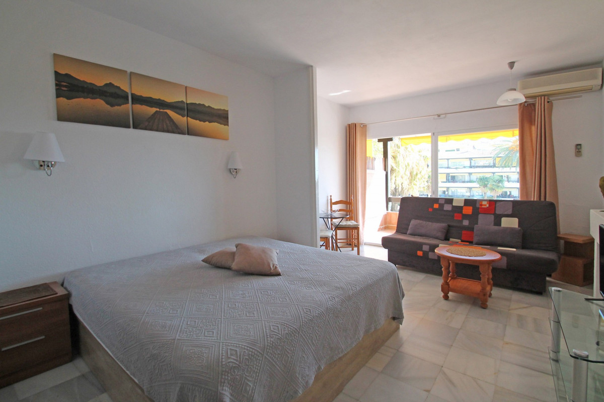 Studio Middle Floor The Golden Mile Málaga Costa del Sol R3705794 4
