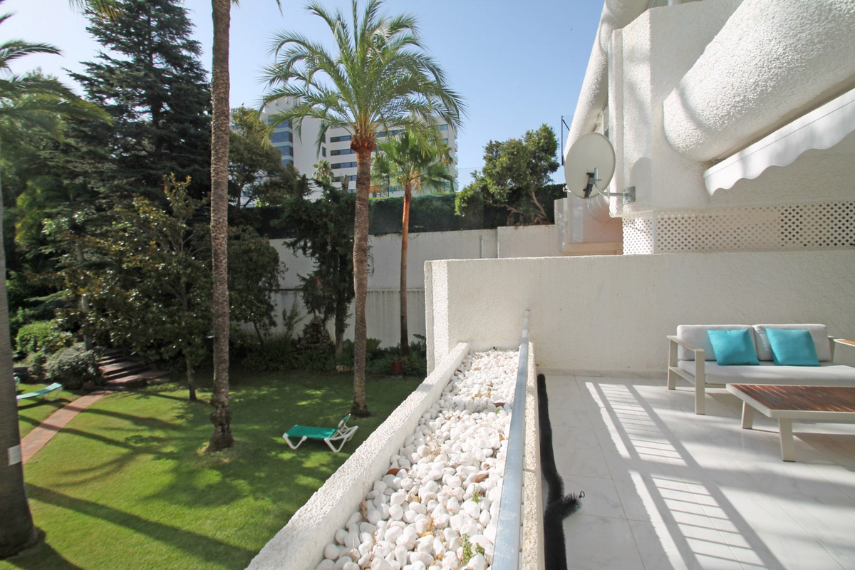 Apartment Middle Floor The Golden Mile Málaga Costa del Sol R3675638 8