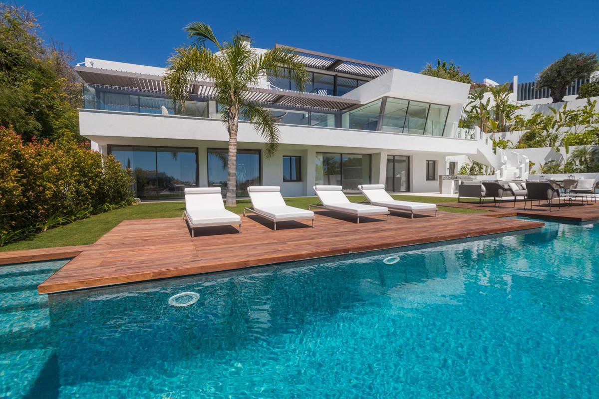 CONTEMPORARY DESIGN · Brand new villa with the best panoramic sea and golf views. Situated in the pr, Spain