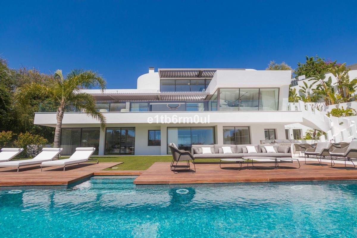 Marbella Banus Villa – Chalet en Venta en Benahavís – R3401164