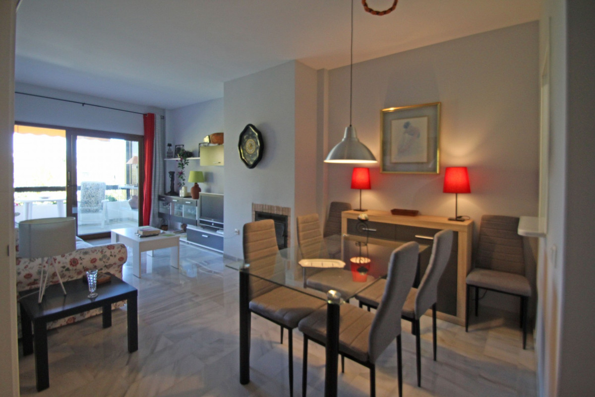 Exceptional opportunity to purchase a South-East facing two bedroom one bathroom apartment with part,Spain