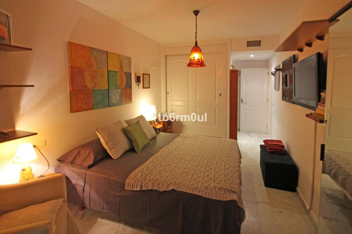 Apartamento Planta Baja en Venta en The Golden Mile – R3027137