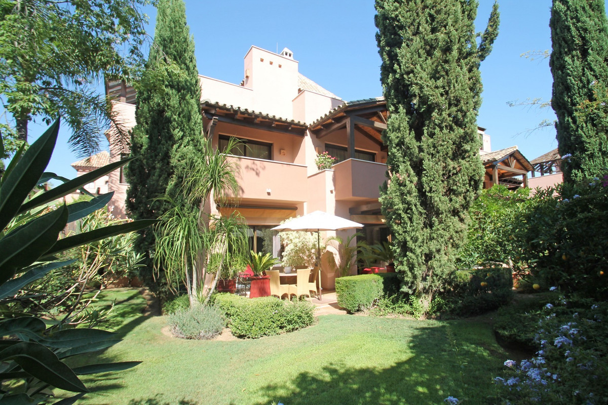 SOUTH WEST FACING · FULLY SECURE AREA · Spectacular semi-detached villa set in the luxury gated comp, Spain