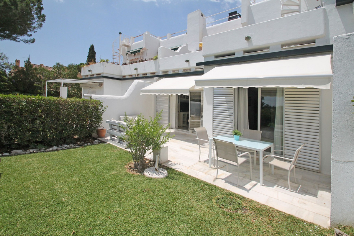 Two bedroom garden apartment within a first line golf complex nestled in the middle of the popular G,Spain
