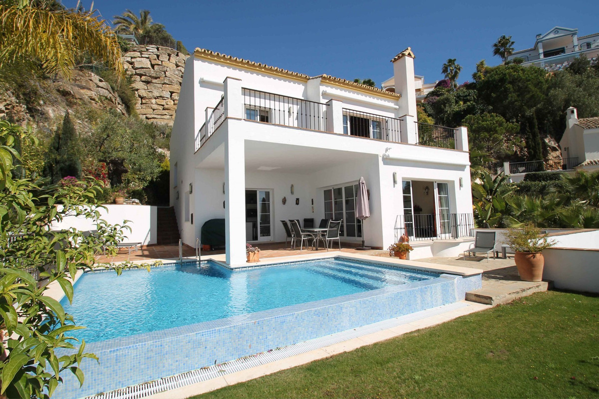 SEA VIEWS · South-West facing three bedroom villa with unbeatable views to Gibraltar and North Afric, Spain