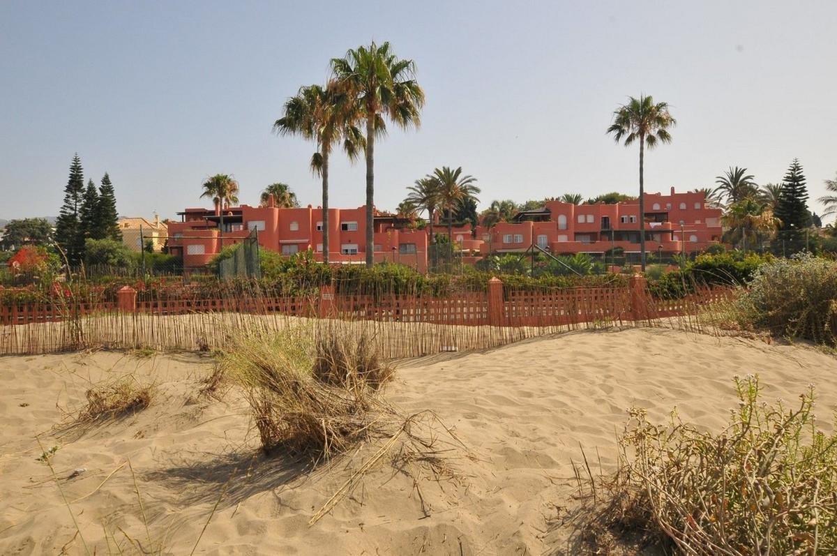 Marbella Banus Apartamento Planta Baja en Venta en El Rosario – R3674738
