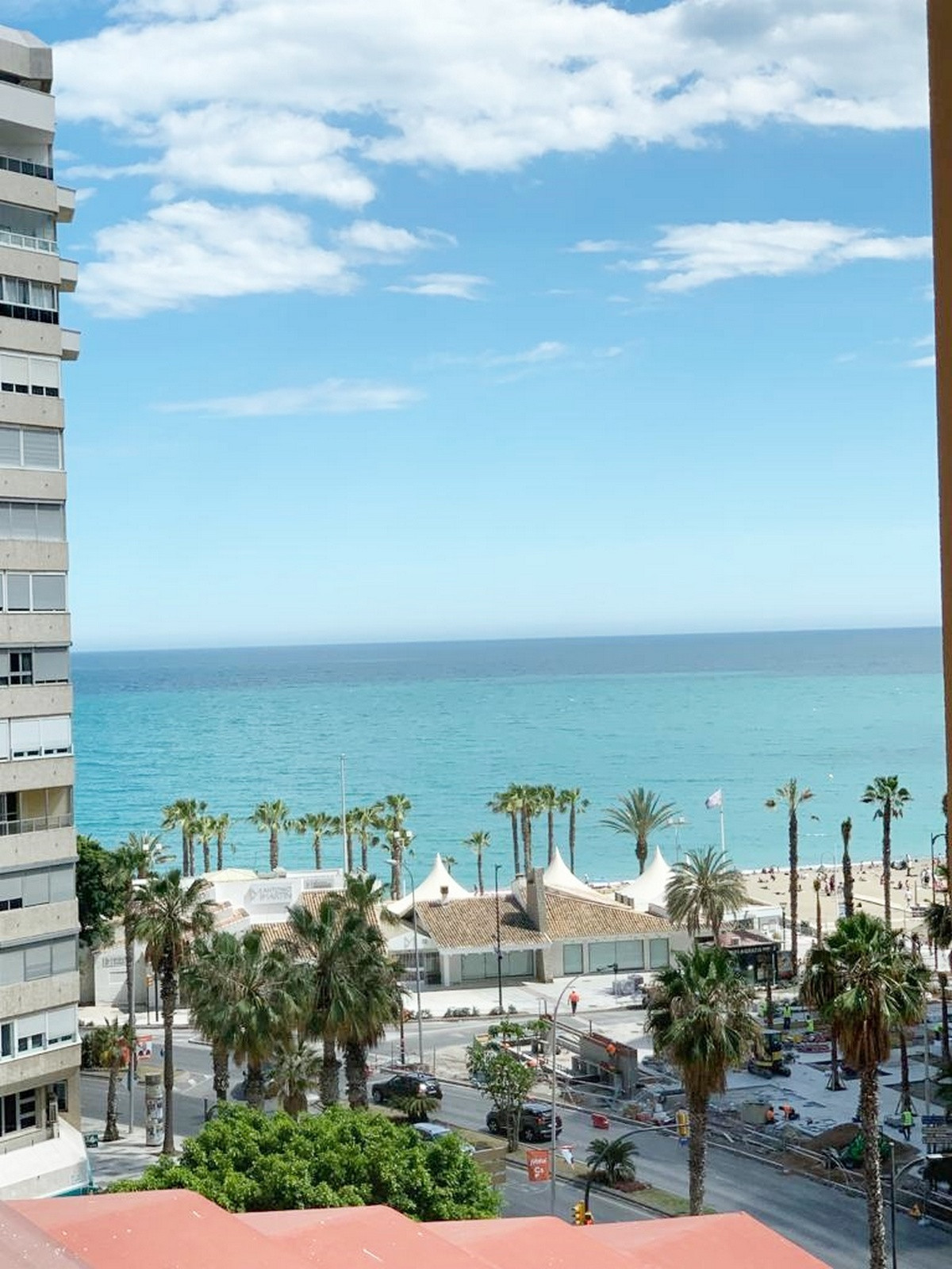 EXCELLENT APARTMENT IN LA MALAGUETA   This beautiful 3 bedroom apartment with south facing sea views, Spain