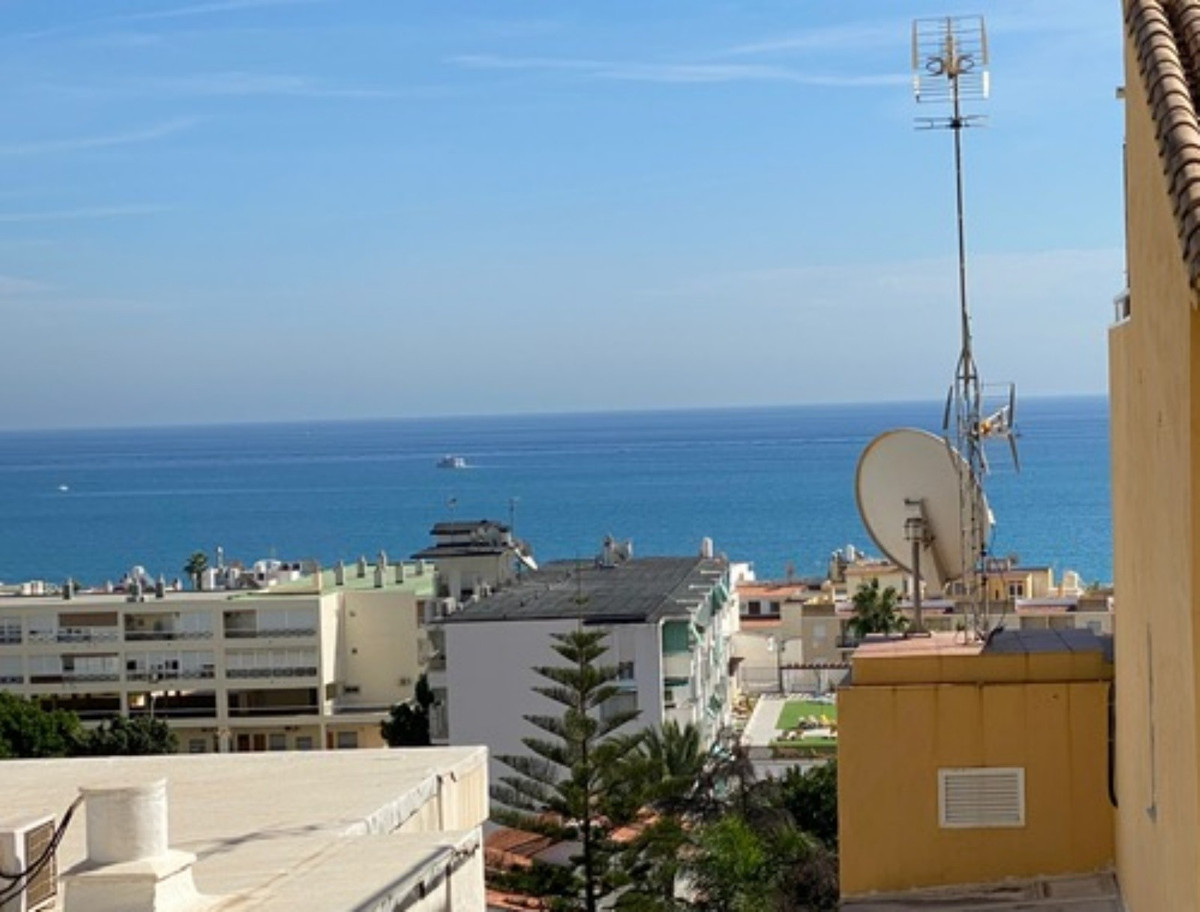 LOVELY STUDIO IN TORREMOLINOS. This studio is located close to la Carihuela and it is a walking dist,Spain