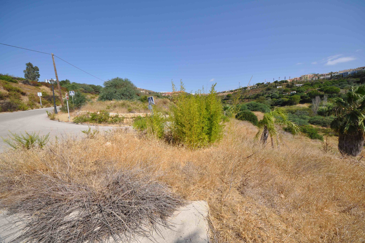 Plot  Residential 													for sale  																			 in Manilva