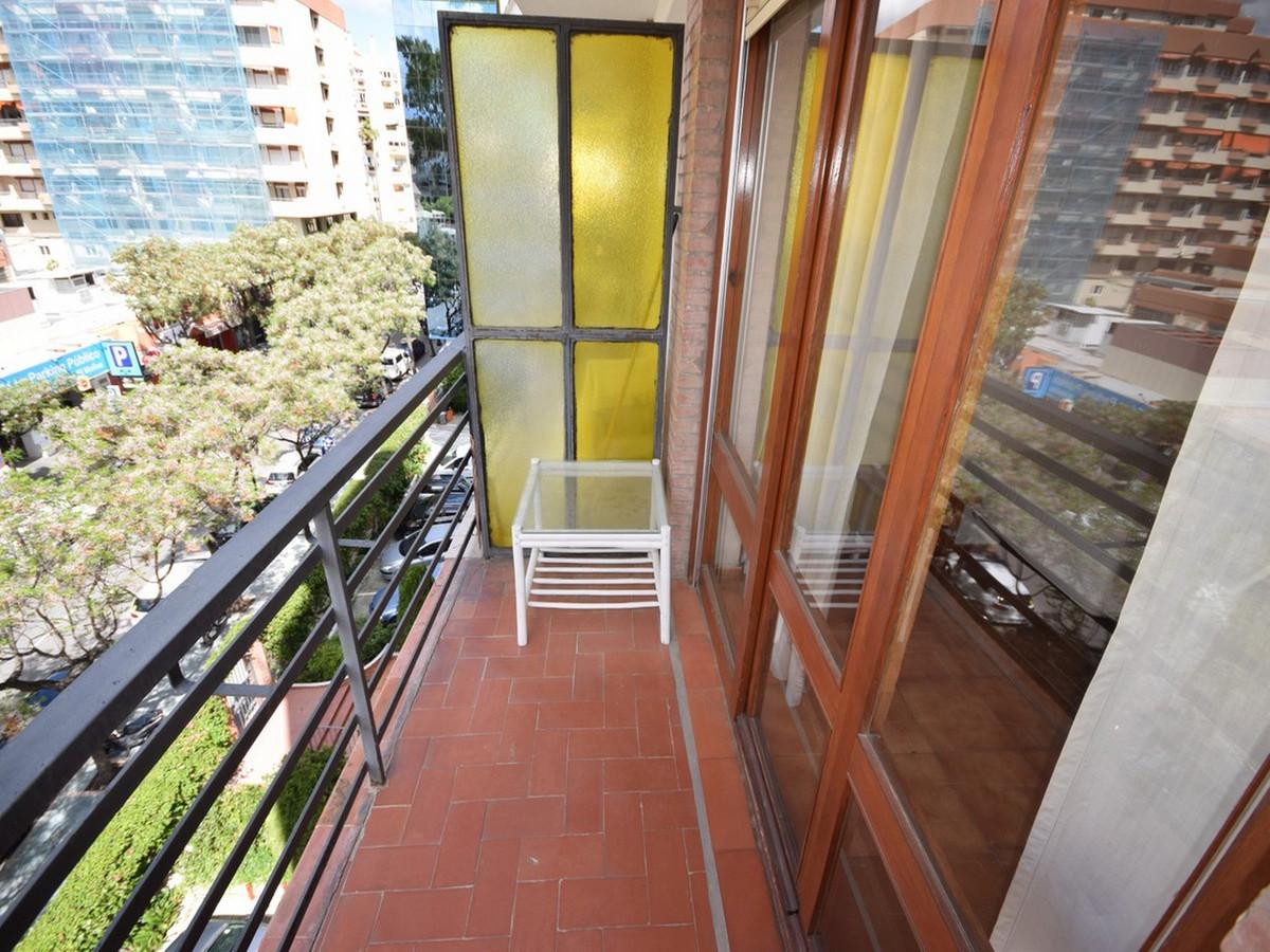 Apartamento en Planta Última en Venta en Marbella – R3510964