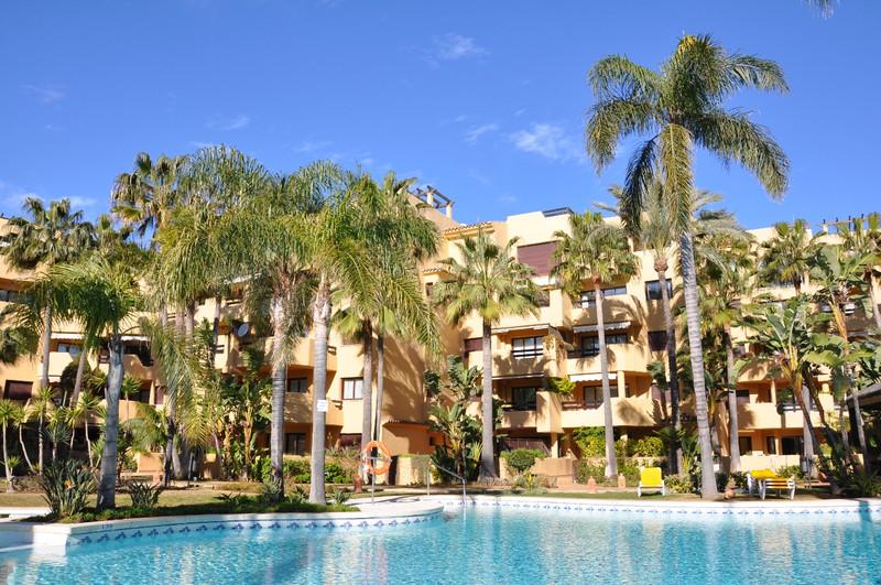 Marbella Banus Apartamento Planta Baja en venta en Costalita – R3171436