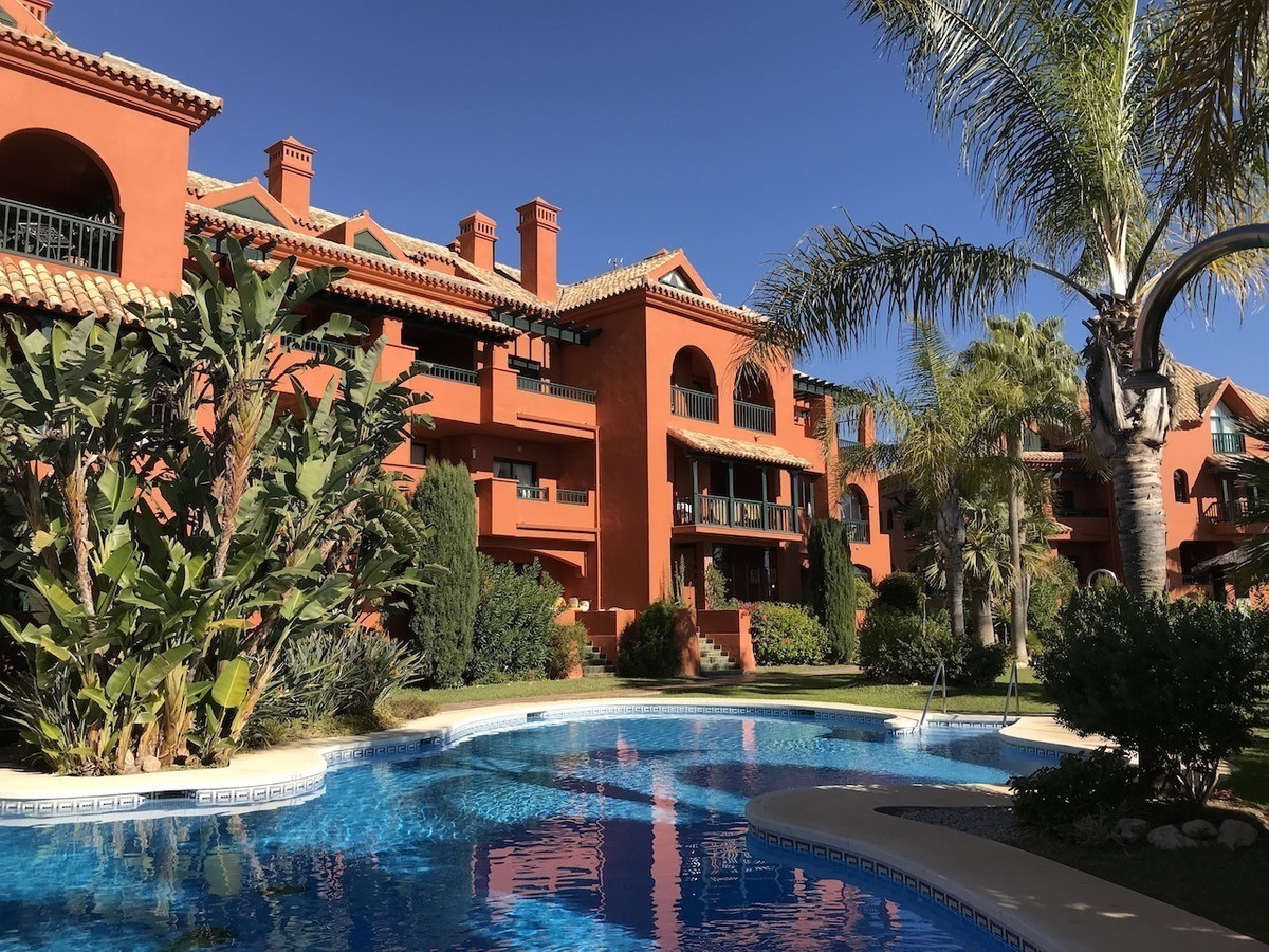 Penthouse in Bonita Hills Beautiful and cosy, Penthouse located in a quiet position at the upper par,Spain