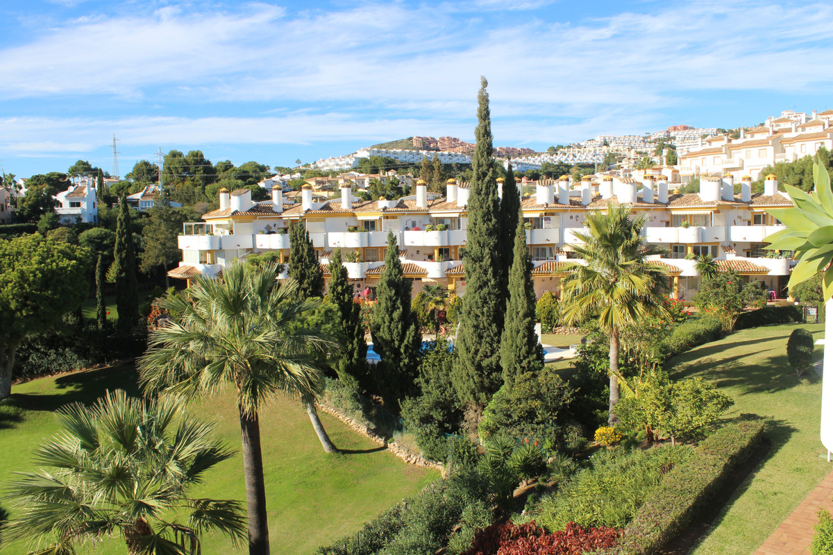beautiful Penthouse ideally situated front line on La Siesta Golf in Calahonda. Stunning views to th,Spain