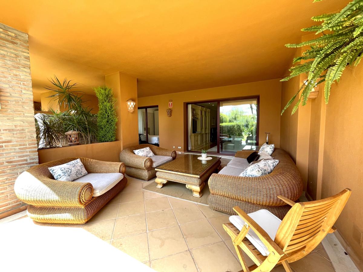 2 Bedroom Apartment for sale Bahía de Marbella