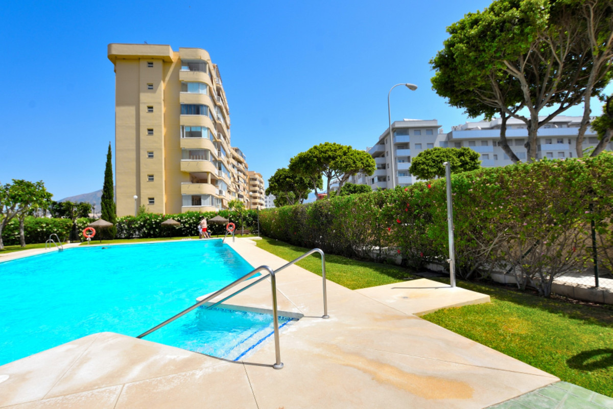1 bedroom apartment in Fuengirola with a 25 m2 terrace for only 130.000 euro!  In the very popular a, Spain