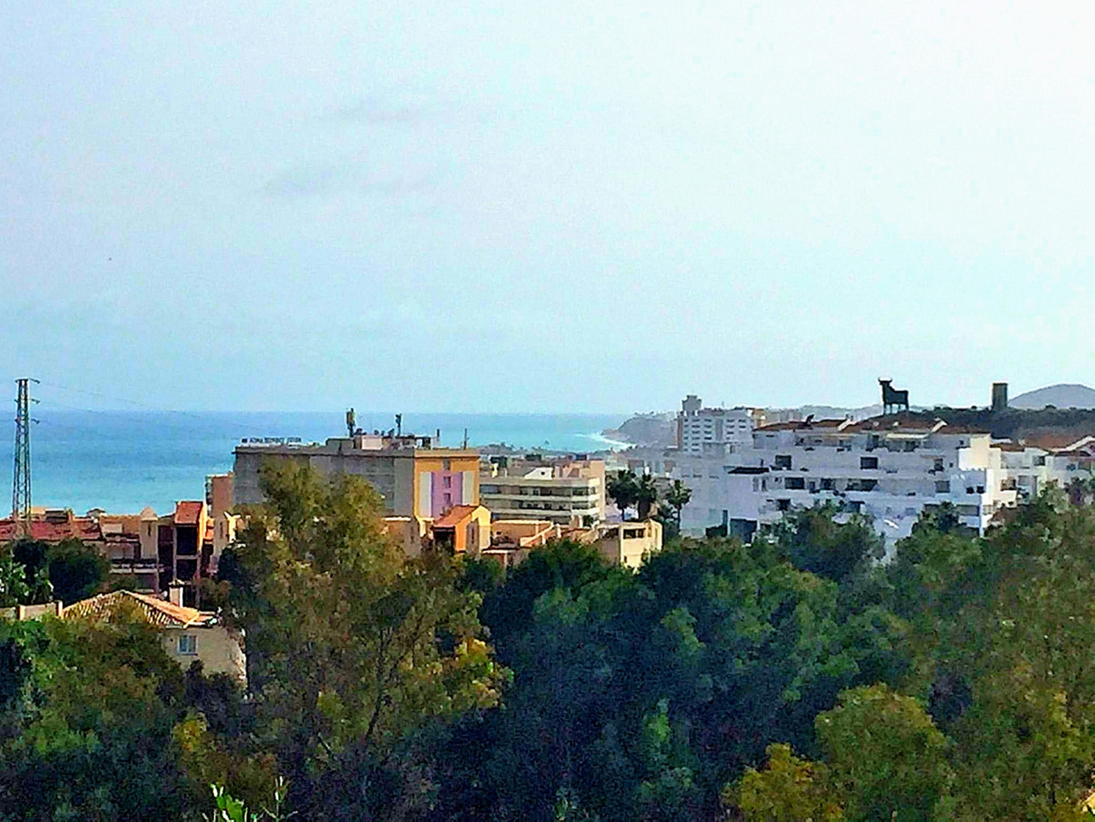 Here you can build your dream house in Torreblanca!  A very well-located plot of 469 m2 with a fanta,Spain