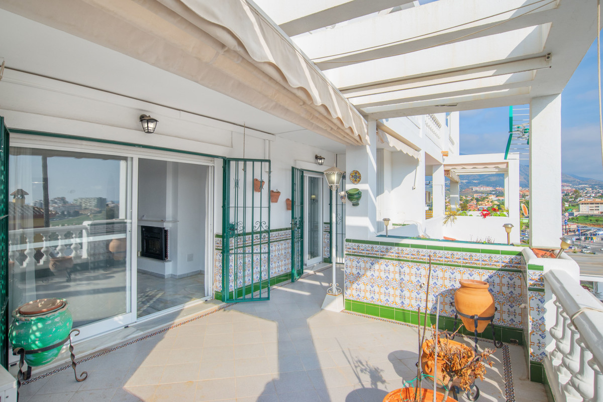 An Andalusian style apartment with a Townhouse feeling  In Lagarejo, only 5 minutes from Fuengirola , Spain