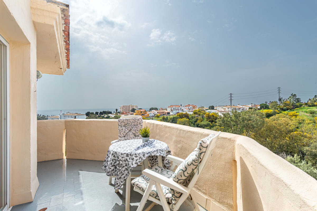 Your penthouse with sea views in Riviera del Sol!  This home is an excellent opportunity to have you,Spain