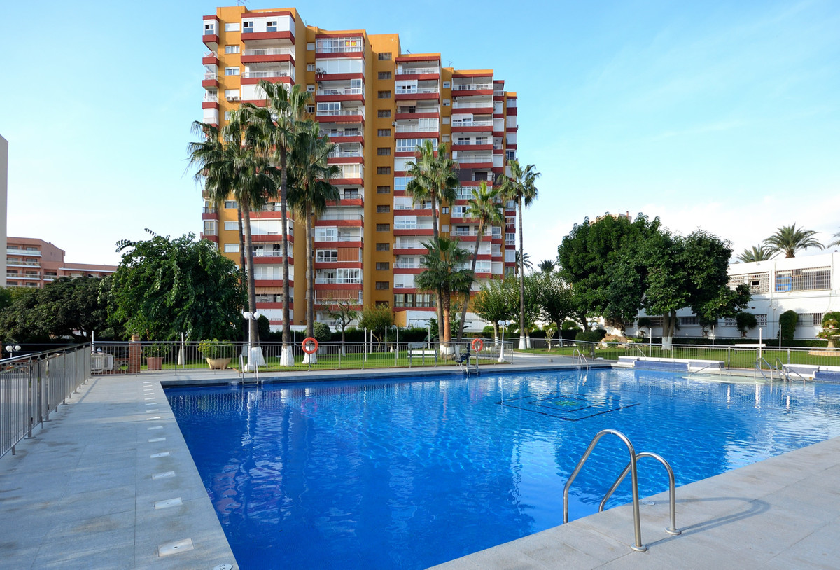 Nice beachside apartment next to Puerto Marina in Benalmadena Costa. This 1 bedroom apartment is a c, Spain