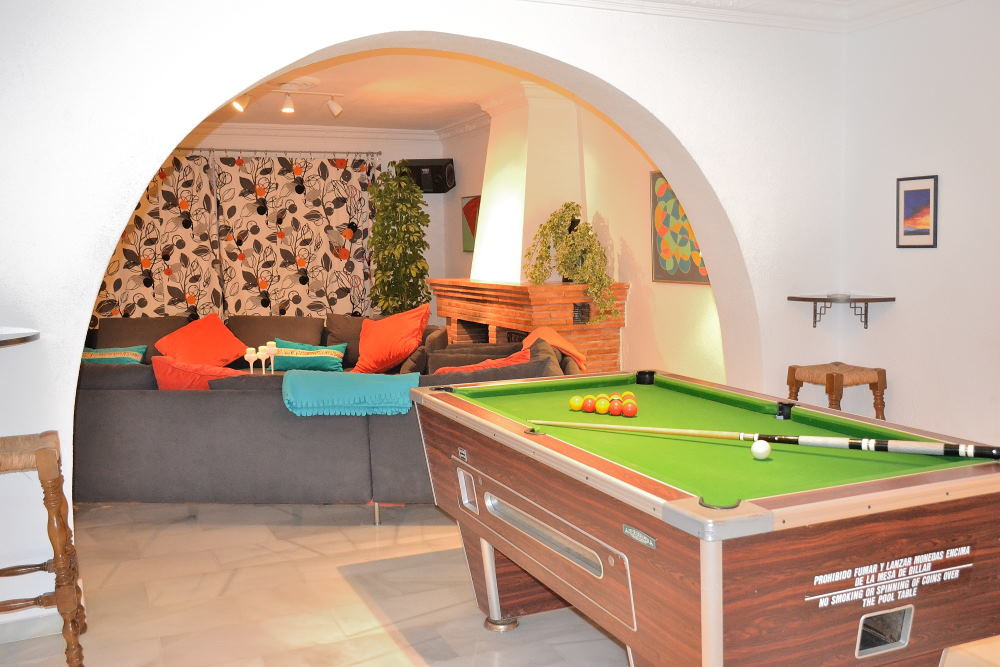 Villa con 12 Dormitorios en Venta Sierrezuela