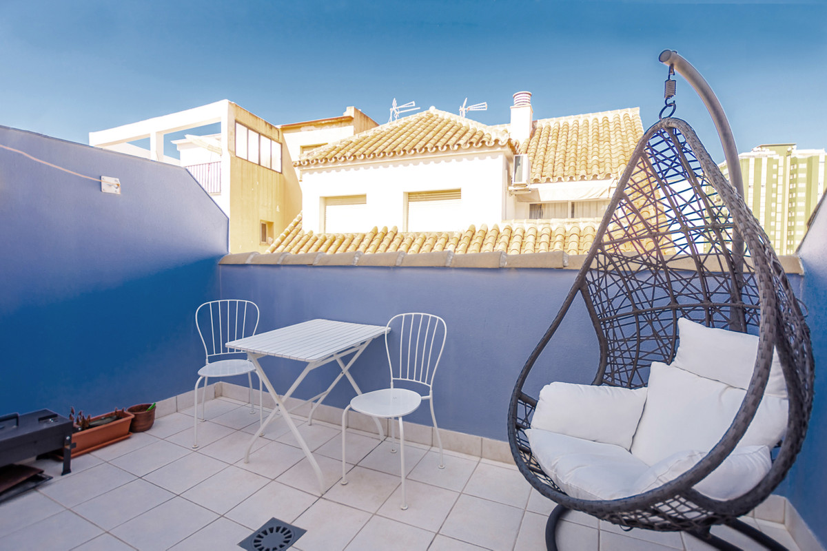 If you are looking for a two bedrooms penthouse apartment in the popular area of Los Boliches in the, Spain