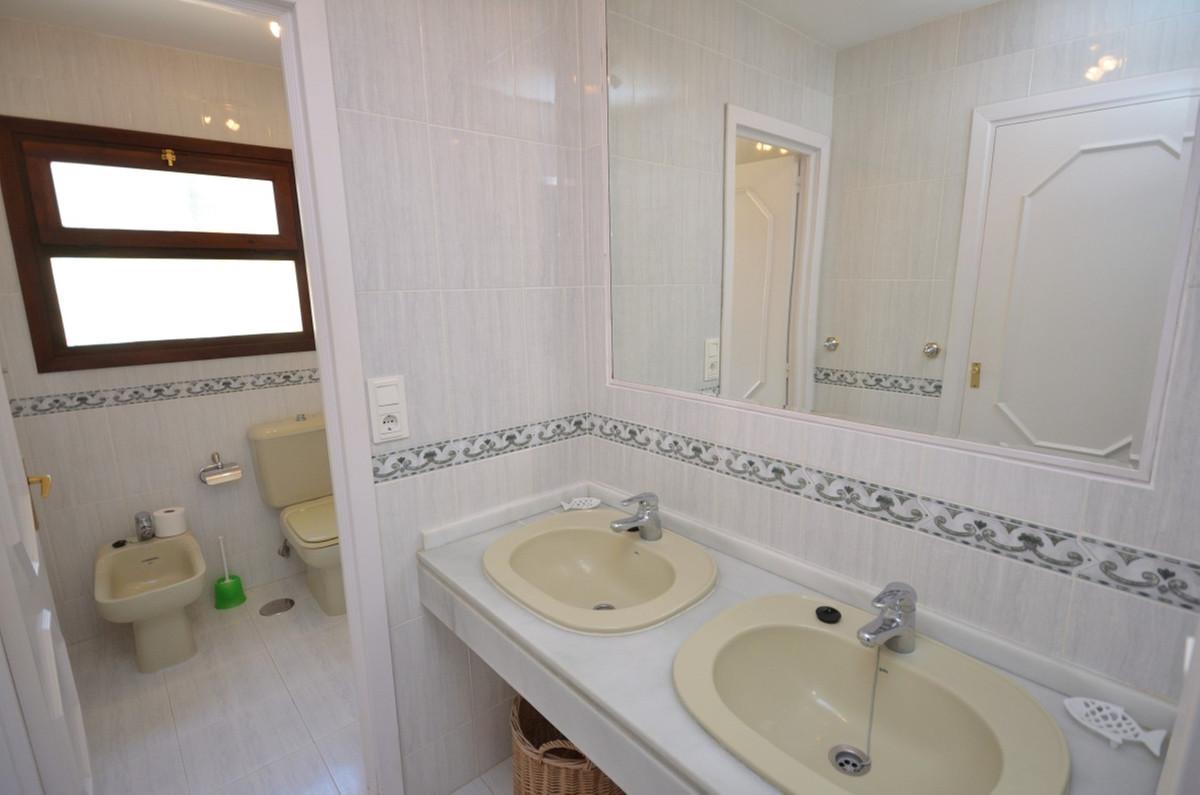 Villa con 3 Dormitorios en Venta Mijas Golf