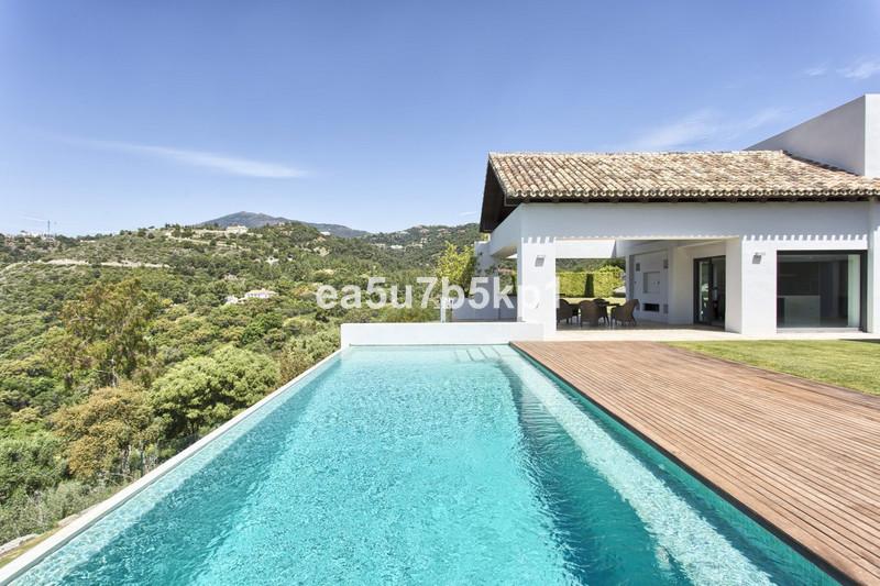 Villa – Chalet en venta en Los Arqueros – R2896334