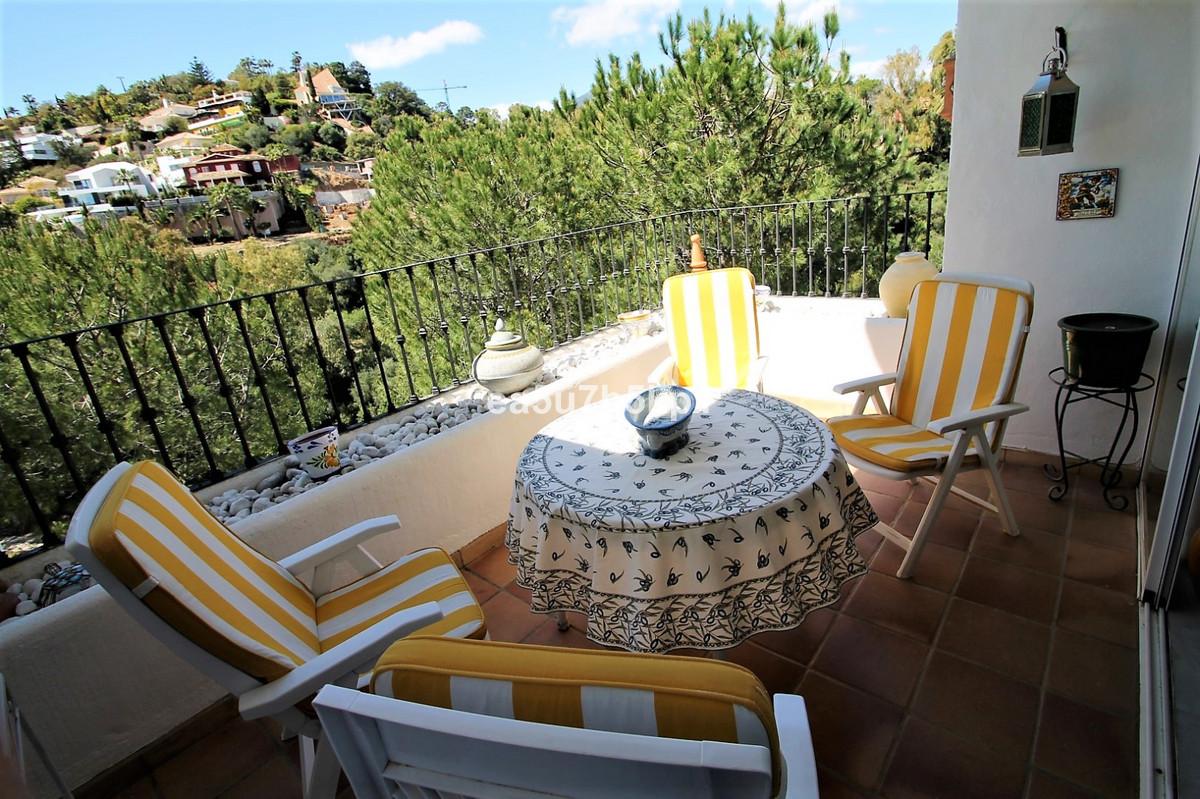 Apartamento Planta Baja en Venta en Benahavís – R3398740