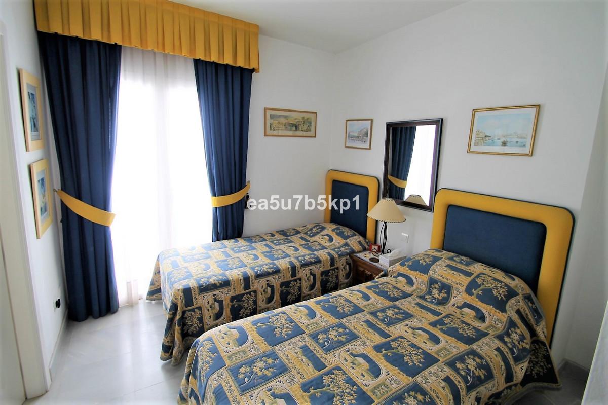 Apartamento en Venta en Benahavís – R3398740