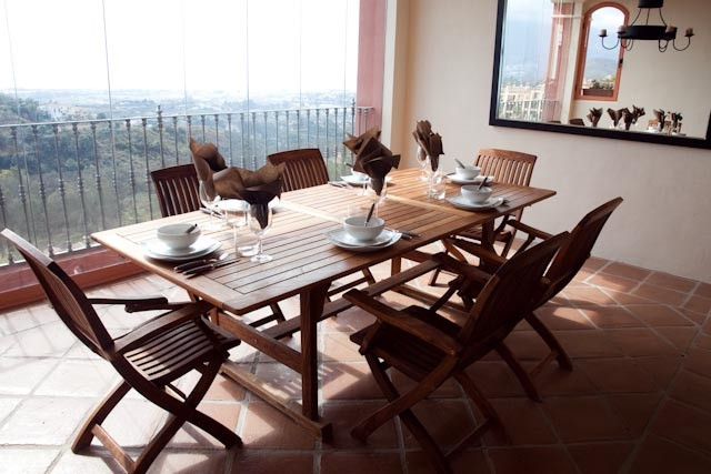 Apartment  Middle Floor 													for sale  																			 in Benahavís