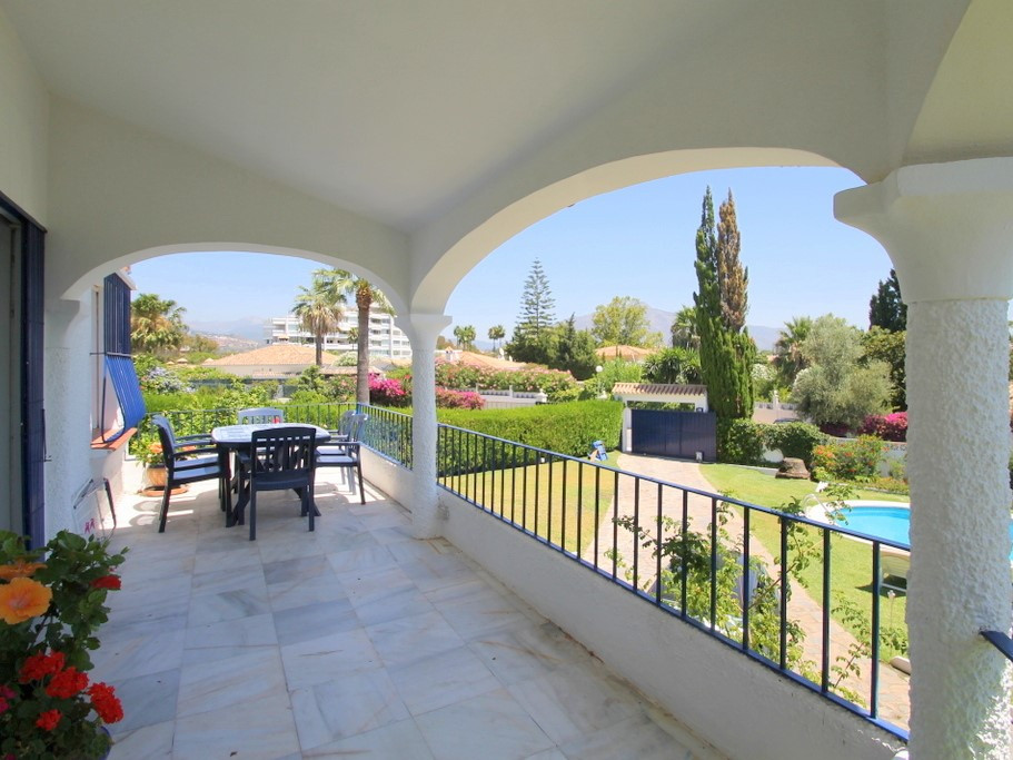 Detached Villa for sale in Guadalmina Alta R2934404