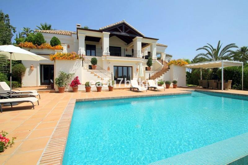 Marbella Banus Villa – Chalet en venta, El Paraiso – R2476943