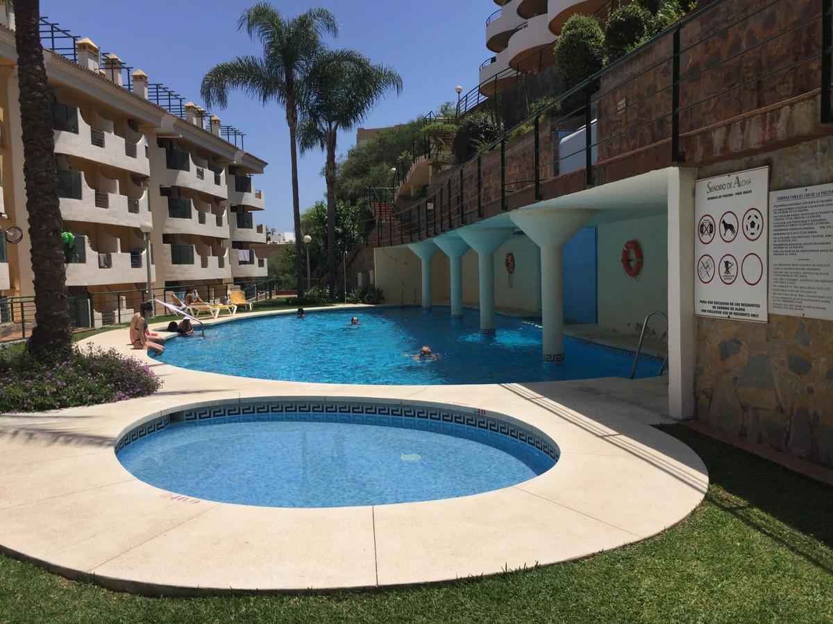 Apartamento Planta Media en Venta en Nueva Andalucía – R3341446
