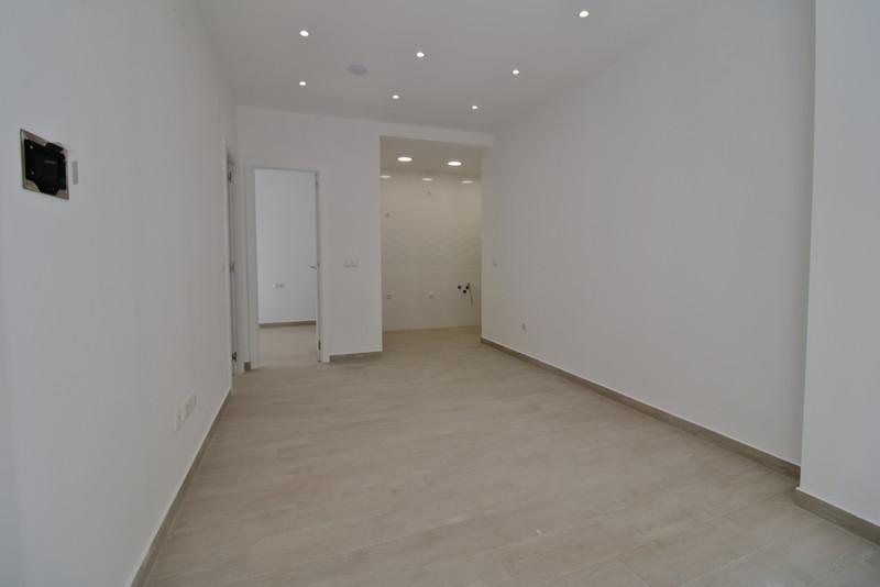 Marbella Banus Ground Floor Apartment a la venta, Fuengirola – R3645290