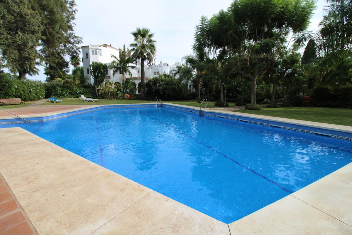 Townhouse, Mijas Golf, Costa del Sol. 2 Bedrooms, 3 Bathrooms, Built 162 m²;.  Setting : Close To Go, Spain